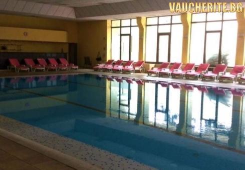 Нова година от Хотел Здравец, Велинград. 3 или 4  нощувки със закуски и вечери, една от които празнична + закрит басейни СПА с минерална вода