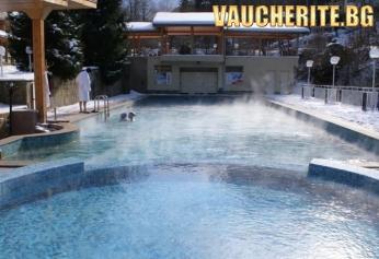 Нощувка със закуска, обяд и вечеря + ползване на на открит плувен басейн с топла минерална вода и сауна от хотел Дива, с. Чифлик