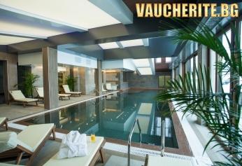 Петзвезден лукс в Банско! Нощувка със закуска или закуска и вечеря + ползване на  25- метров басейн с топла минерална вода( 29-30 °), сауна и парна баня  от хотел Амира 5*