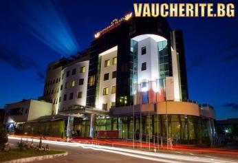 3 Март от хотел Diplomat Plaza, Луковит! 2 нощувки със закуски и барбекю вечери + басейн, сауна и парна баня