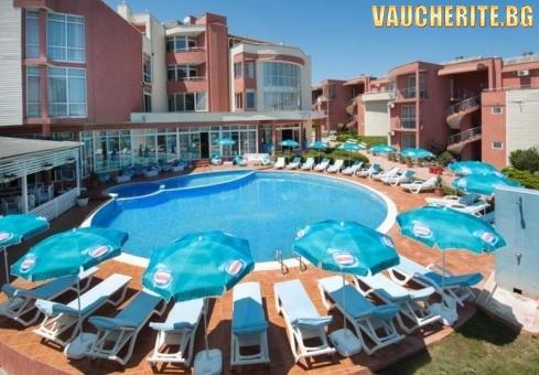 РАННИ ЗАПИСВАНИЯ! На море в Свети Царево! ALL INCLUSIVE+ ползване на външен басейн, чадъри и шезлонги край басейна и чадъри на плажа от хотел Арапя дел Сол