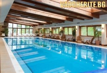 """Нощувка със закуска + ползване на голям отопляем басейн и СПА от хотел """"Свети Иван Рилски """", Банско"""