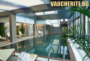 Петзвезден лукс в Банско! Нощувка със закуска или закуска и вечеря + ползване на вътрешен плувен басейн от СПА от хотел Амира