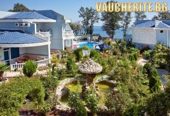 LAST MINUTE! На море в Китен! All Inclusive, чадър и шезлонг на басейна + паркинг от Вилно селище Жасмин