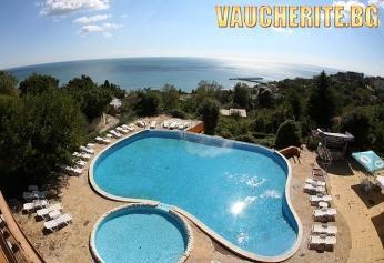 All inclusive + СПА и басейн, частен плаж с чадър и шезлонг, НАПИТКИ НА ПЛАЖА и БОНУС настаняване на дете до 12г БЕЗПЛАТНО от хотел Бона Вита, к.к. Чайка до Златни пясъци