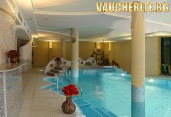 Нощувка със закуска, обяд и вечеря + ползване на басейн с минерална вода и СПА от хотел Орфей, Банско