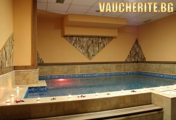 14-ти февруари във Велинград! 3 нощувки със закуски и вечери + ползване на вътрешен минерален басейн от хотел Лъки Лайт