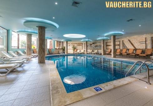 """Нощувка на база All Inclusive Light + ползване на вътрешен отопляем басейн и Уелнес център от хотел """"Зара"""", Банско"""