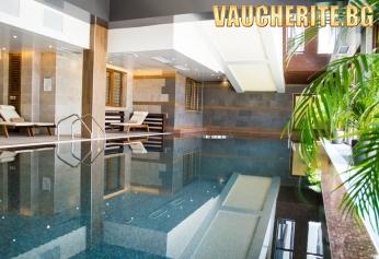 Нощувка със закуска или закуска и вечеря + ползване на вътрешен басейн, сауна и парна баня  от хотел Амира 5*, Банско