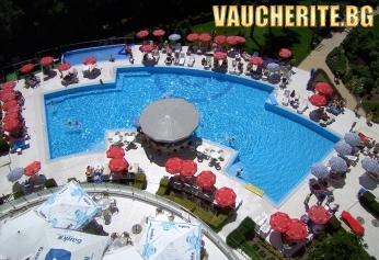 На море в Св. Константин и Елена! All Inclusive + ползване на басейн, чадър и шезлонг на басейна и фитнес от хотел Аква Азур
