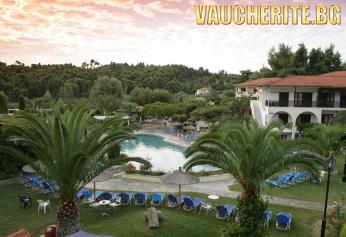 7 нощувки на база All Inclusive + ползване на два басейна, чадъри и шезлонги край тях и паркинг от Chrousso Village Hotel 4*, Халкидики