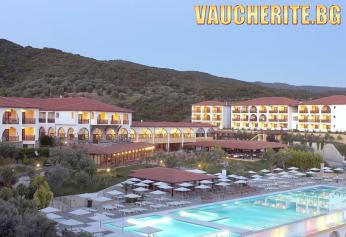 5 нощувки на база All Inclusive + ползване на басейн, чадъри и шезлонги на плажа, детски басейн и паркинг от Akrathos Hotel 4*, Халкидики
