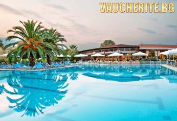 5 нощувки на база ULTRA ALL INCLUSIVE + ползване на басейн, интернет, детска площадка и паркинг от хотел Poseidon Palace 4*, на 100м. от плажа в Пиерия