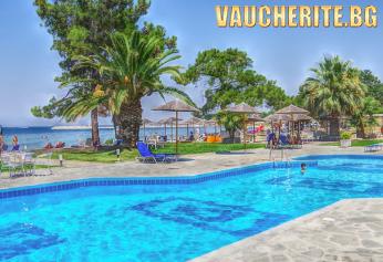 7 нощувки със закуски и вечери + ползване на два открити басейна, шезлонги и чадъри на плажа, детски басейн, интернет и паркинг от хотел Rachoni Beach Hotel 3*+, на 50м. от плажа на о-в Тасос