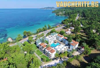 5 нощувки със закуски и вечери + ползване на басейн, чадъри и шезлонги на плажа, паркинг и интернет от хотел Esperides Sofras Hotel & Bungalows 3*+, на 30м. от плажа на о-в Тасос