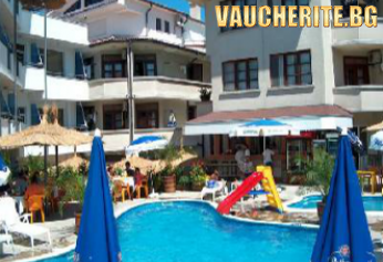 """Лятна почивка в Лозенец! Нощувка със закуска или закуска и вечеря + ползване на външен басейн, чадър и шезлонг, джакузи и детски игри от хотел """"Алпина"""""""