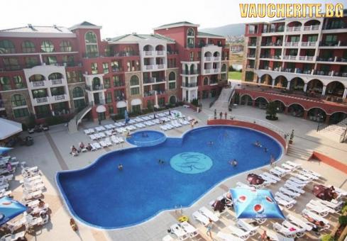 All Inclusive + ползване на външен басейн с чадъри и шезлонги и интернет от хотел Свети Георги Палас, Свети Влас
