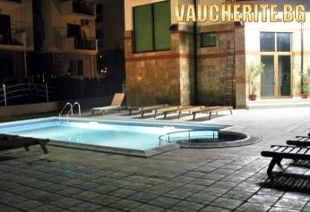 Нощувка със закуска и вечеря + ползване на открит басейн с шезлонги, интернет и паркинг от хотел Серенити, Свети Влас