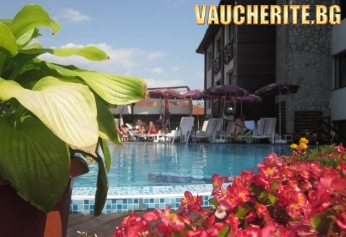 """Лято във Велинград! Нощувка със закуска + ползване на басейни с МИНЕРАЛНА ВОДА, сауна, парна баня и джакузи от хотел """"Клептуза"""""""