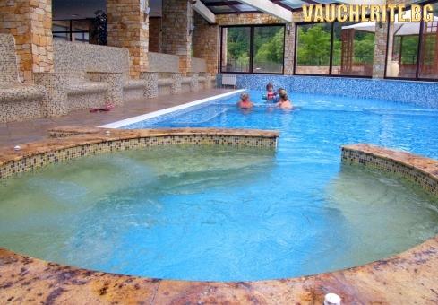 Нощувка със закуска и вечеря + ползване на басейни с минерална вода, сауна и парна баня от хотел Свети Спас , Велинград