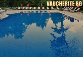 """ПРОМО ОФЕРТА! Нощувка със закуска + ползване на външен и вътрешен басейн, сауна, парна баня, джакузи, солна стая от хотел """"Сана СПА"""", Хисаря"""