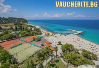 5 нощувки на база All Inclusive + ползване на открит басейн, чадъри и шезлонги на плажа, анимация, паркинг и детска площадка от Bomo Athos Palace Hotel 4*, Халкидики - Касандра