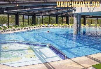 ТОП ОФЕРТА! 3 нощувки и БОНУС 1 БЕЗПЛАТНА с включени закуски и вечери + ползване на открит и закрит басейн от хотел Хот Спрингс Медикъл и СПА, с. Баня
