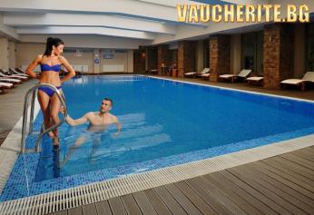 """Ваканция в Хисаря! 2 или 3 нощувки със закуски + ползване на вътрешен минерален басейн, сауна, парна баня, джакузи, солна стая от хотел """"Сана СПА"""""""
