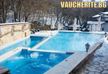 """Есенна ваканция в Огняново! 2 или 3 нощувки със закуски + ползване на сауна и парна баня, външен и вътрешен басейн с МИНЕРАЛНА ВОДА от хотел """"СПА Оазис"""""""