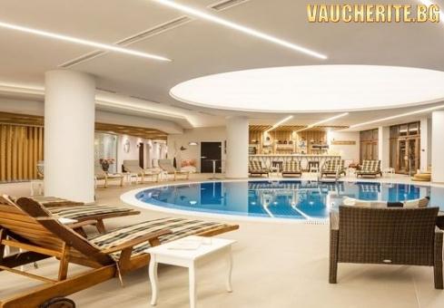 """Нощувка със закуска + ползване на вътрешен басейн, 3 вида сауна, 2 вида парна баня, хамам стоя, тропически душ и фитнес от хотел """"Орловец"""", Пампорово"""