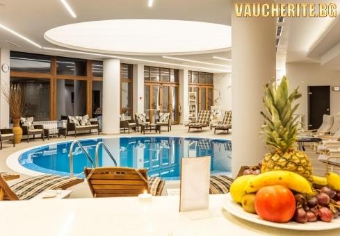 """Нощувка със закуска или закуска и вечеря + ползване на вътрешен басейн, 3 вида сауни, 2 вида парна баня и фитнес от хотел """"Орловец"""", Пампорово"""