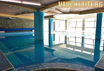 """Нощувка на база All Inclusive Light + ползване на вътрешен басейн и СПА пакет от хотел """"Белведере"""", Банско"""