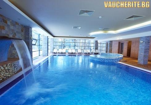 Нощувка със закуска и вечеря + ползване на вътрешен басейн, сауна, парна баня и фитнес от хотел Феста Чамкория, Боровец