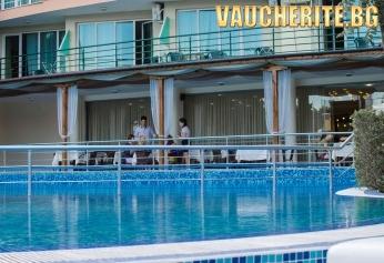 All Inclusive + басейн и детски кът от хотел Палма, Слънчев бряг
