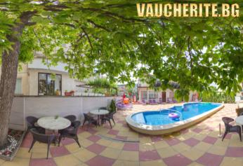 Закуска или закуска и вечеря + басейн с чадър и шезлонг и детски кът от хотел Пешев, Несебър