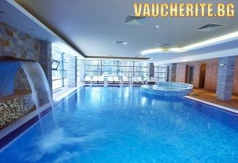 Закуска и вечеря + вътрешен басейн, сауна, парна баня и фитнес от хотел Феста Чамкория, Боровец