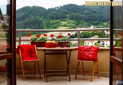 Закуска и вечеря + релакс зона, парна баня и сауна от хотел Маунтин Бутик, Девин