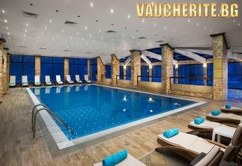 Нова Година във Велинград! 3 или 4 нощувки със закуски и вечери (едната Празнична) + минерален басейн и СПА център от хотел Свети Спас 5*