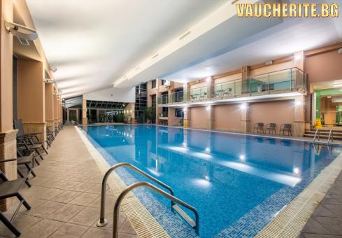Закуска + минерални басейни и СПА център от хотел Велина, Велинград