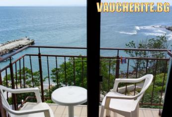 Нощувка + интернет от хотел Янис Парадайс, Несебър на брега на морето