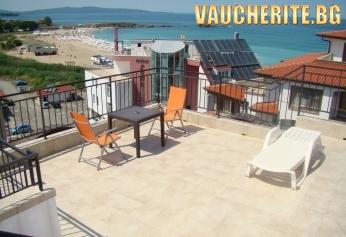Закуска + интернет от хотел Белисимо, на 50м от плажа в Лозенец