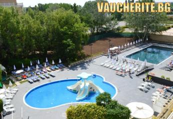 Аll inclusive + басейн с чадъри и шезлонги и паркинг от хотел Аквамарин, Слънчев бряг