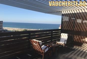 Нощувка + басейн и паркинг от хотел Логатеро, Созопол на 50м от плажа