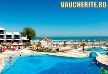 All Inclusive +  външен басейн, чадър и 2 шезлонга НА ПЛАЖА и интернет от хотел Славуна, НА ПЪРВА ЛИНИЯ в Албена