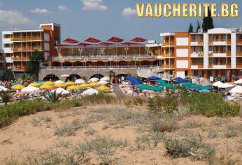 All inclusive + ползване на басейн, чадър и шезлонг около басейна от хотел Несебър бийч, Сл. бряг на 30м. от плажа